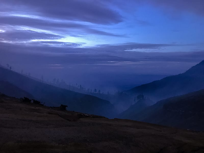 Dawn approaching over Ijen Volcano | The Silver Nomad